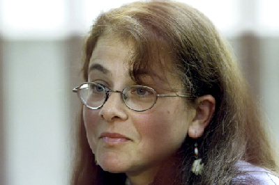 File Photo: Lori in a Lima Courtroom, March 22, 2001
