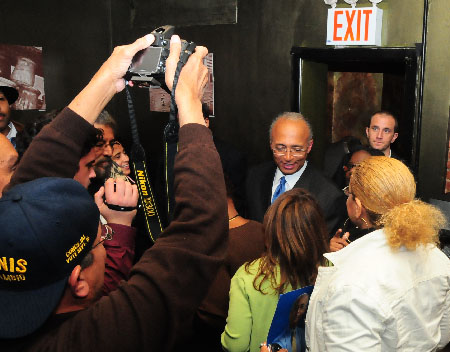 Thompson, post debate, at the Chimney, 105 Street & Second Avenue